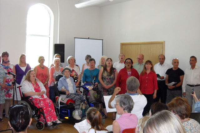 Community-Choir-Summer-Party-2015-24
